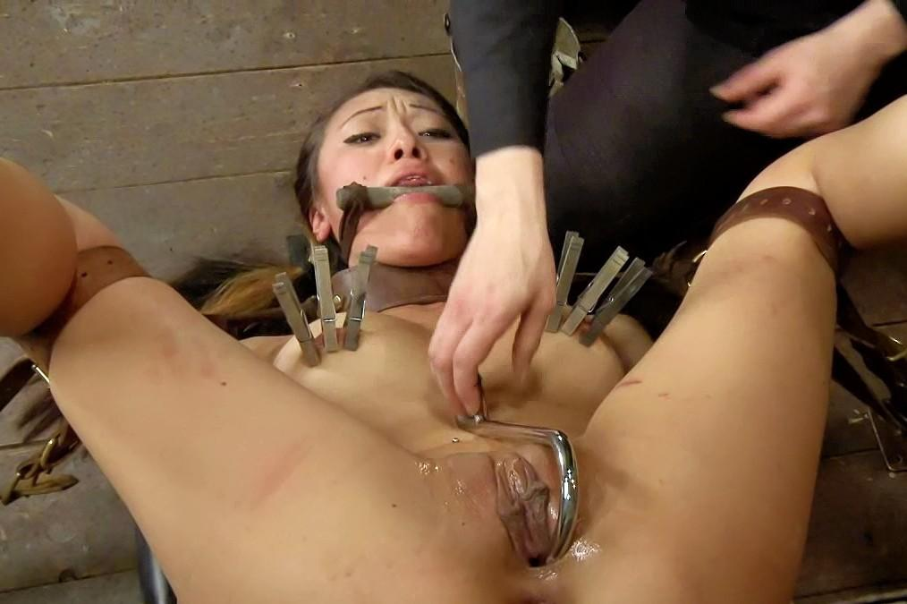 Woman who deep throat cum