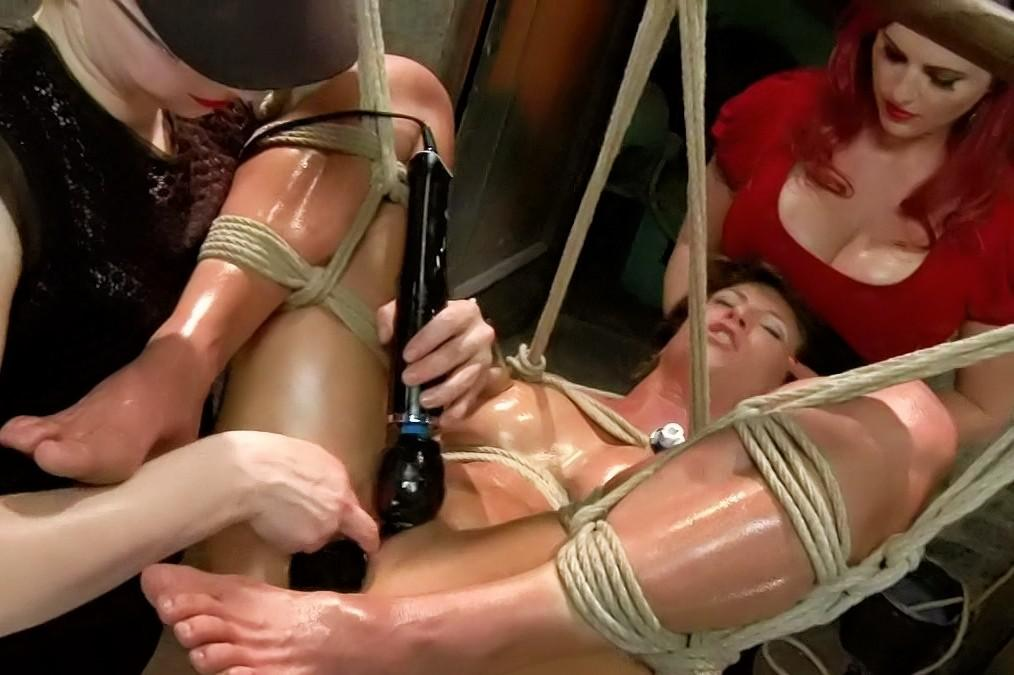 love-naked-femdom-free-strap-on-mama-girlfriends-crying