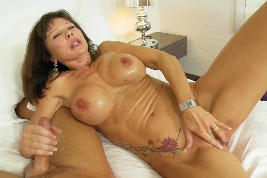 Mature lady mpegs young