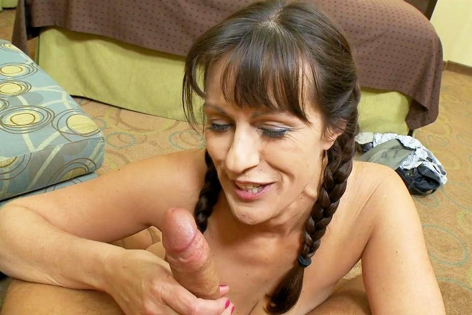 mature women action thumbs,60 year old naked women