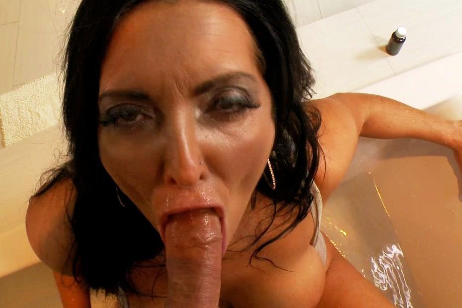 housewife sex porno tub