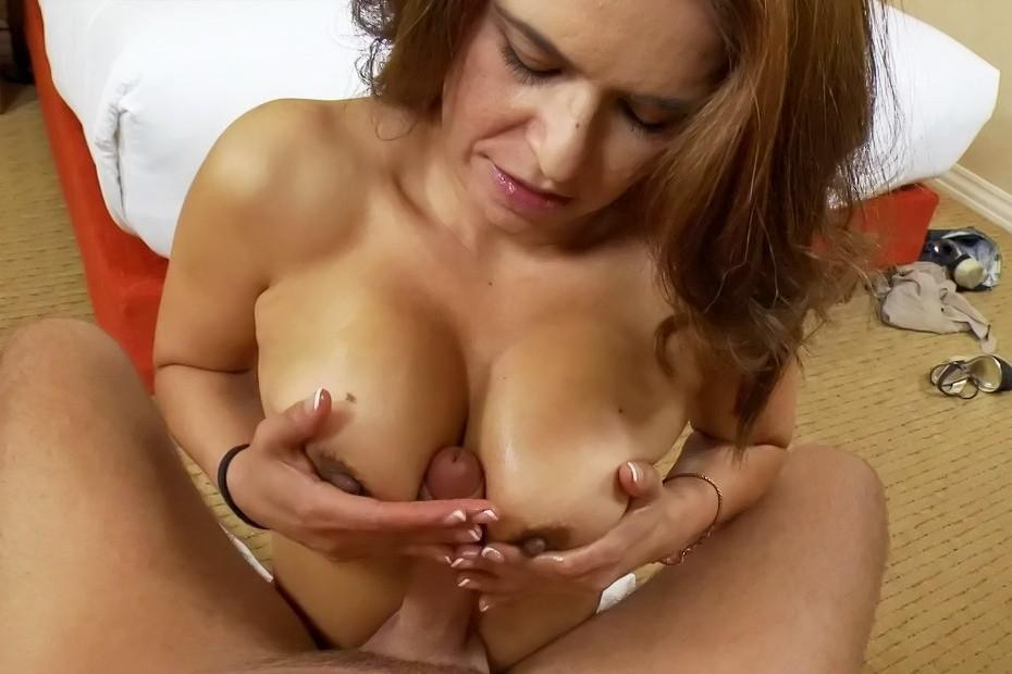 sofia and arianna naked