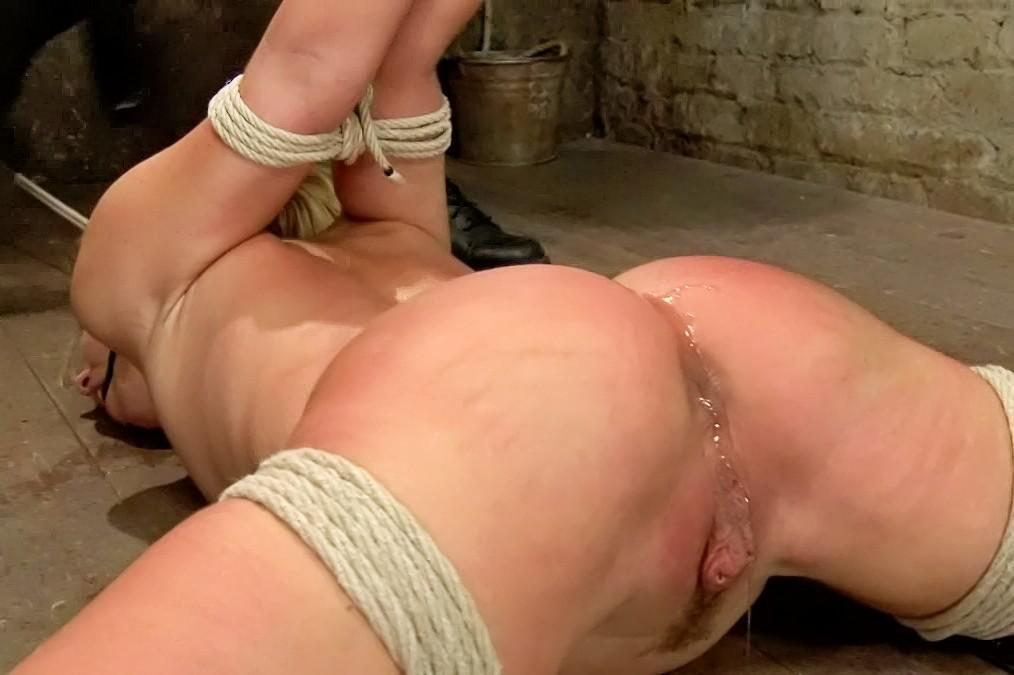Sex young schoolgirl photo